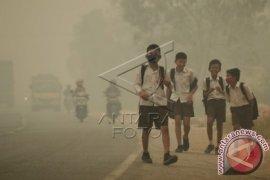 Kabut tebal perpanjang libur sekolah di Jambi