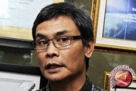 Johan Budi minta Presiden Jokowi segera bersikap