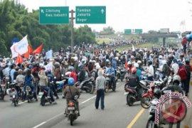 KPBI Kecam Tindakan Represif Polisi Bubarkan Buruh