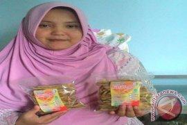 Kisah Sukses : Eni Indrawati, Hobi Pembawa Berkah