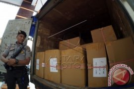 KPU Pohuwato Distribusikan Logistik Pilkada Senin