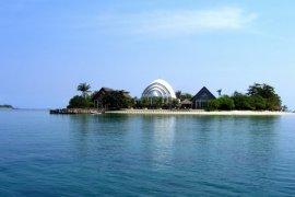 12 Wisatawan Terdampar Di Laut Kepulauan Seribu