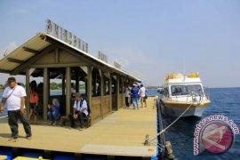 Kapal Wisata Buka Jalur Baru