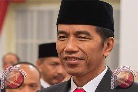 Presiden Tiba di Bandara Silangit Tapanuli Utara