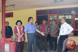 Pastika Prihatin Kondisi Bangunan Asrama di Makassar