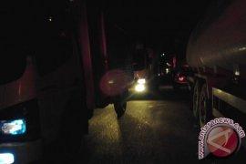 Jalan Tapanuli Selatan- Padanglawas Utara Macet Total