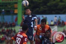 Pusmania Tundukan Persib Bandung 2-0