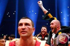Tyson Fury Juara Dunia Baru Kelas Berat