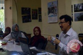 Pewarta Antara Jatim Juara Kompetisi Jurnalistik PGN 2015