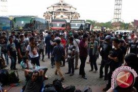 Polisi pecah konsentrasi massa rombongan liar HMI