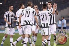 Juventus kalahkan Napoli untuk lanjutkan laju tak terkalahkan