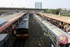 Korban KRL-Metromini Menjadi 18 Orang Meninggal