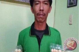 Kisah Sukses : Sohardi, Berjuang di Bisnis Amplang