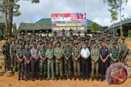 TNI dan TDM Patroli Bersama di Perbatasan Kalbar - Sarawak