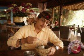 Mario Blanco Lestarikan Jalak Bali Di Ubud