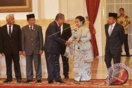 Megawati Hadiri Pelantikan Kepala Lemsaneg
