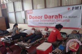 Alfamart-PMI-UNR Gelar Donor Darah