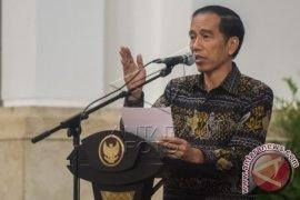 Presiden Jokowi Terima 13 Dubes Baru