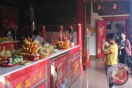 Gamelan Bali Iringi Perayaan Imlek Di Buleleng