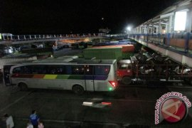 Rano Karno Menghadiri Sertijab Gubernur Banten
