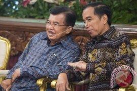 Presiden Jokowi 'Blusukan' Di Seoul