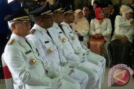 Gubernur Maluku Lantik Bupati SBT dan Aru