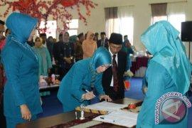 Fory Naway Jabat Ketua PKK Kabupaten Gorontalo