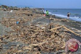Pecinta alam Aceh prihatin sampah lokasi wisata