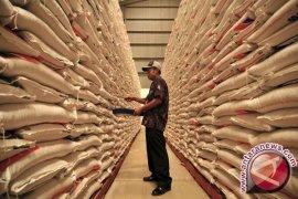 Bulog Jambi tambah pasokan beras 6.000 ton
