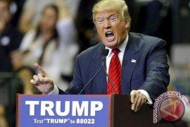 Donald Trump Diminta Bangun Sendiri Tembok Perbatasan Meksiko-AS