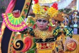 Puri Satrya Denpasar Gelar Festival Legong Keraton