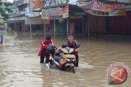 Banjir Terjang Puluhan Rumah Teluk Pucung Bekasi