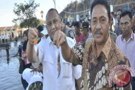 Gubernur Harapkan Petani Udang Vaname Bentuk Koperasi