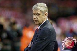 Arsene Wenger Aman, Dua Tahun Lagi Di Arsenal