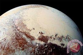 Pengamat Ungkap Medan Misteri Pluto