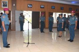 Danlantamal XII Menerima Pelaporan Kenaikan Pangkat Perwira