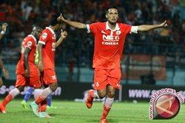 Persija Kalahkan Perseru 2-1