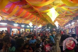 "Kuliner ""kekinian"" dominasi festival pasar senggol Bekasi"