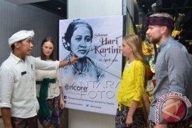 """""""Kartini"""" Di Pentas Dunia"""