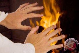Untuk yang kedua kali, suami istri ini nekat bakar diri