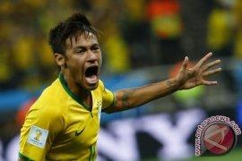 Gol Neymar beri kemenangan Brazil 2-1 atas Kolombia