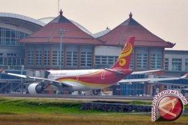 Pesawat Hong Kong Airlines Alami Turbulensi
