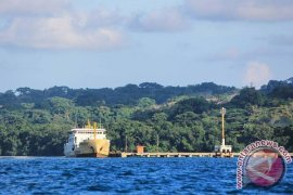 Birokrasi jauh, Enggano minta pisah dari Bengkulu Utara