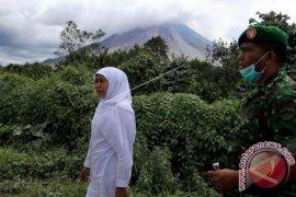 Mensos tinjau zona merah erupsi Sinabung