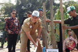 Bupati Memulai Pembangunan Alun-alun Cianjur