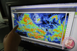 BMKG : Hujan Ringan Masih Terjadi di Kalbar