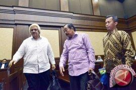 Jaksa tuntut tiga mantan pimpinan DPRD Sumut