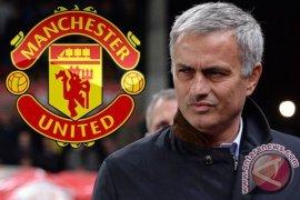 John Terry Doakan Mourinho Sukses di Manchester United