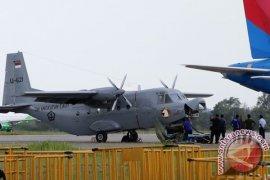 Pesawat Casa TNI AL Tergelincir Di Batam