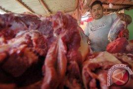 Harga daging sapi di Cikampek masih tinggi